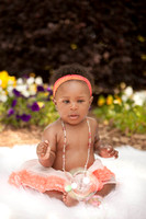 Farrah's 5 Month Session at Womens and Childrens Statue Park